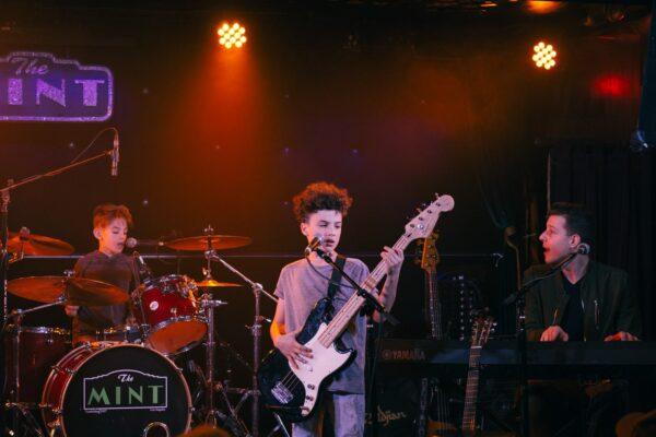 bmusic_holiday_concert_dec10_2017-36