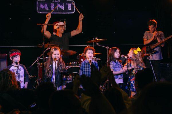 bmusic_holiday_concert_dec16_2017_9618
